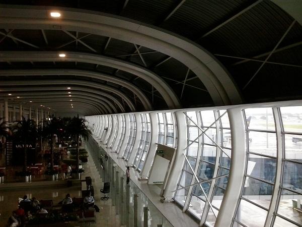 pengalaman aneh di airport mumbai (1)