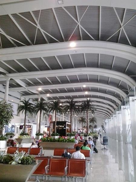 pengalaman aneh di airport mumbai (3)